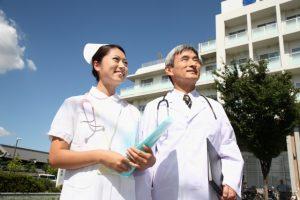 人間的に成長して仕事のやりがいを感じる看護師