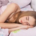 夏の睡眠に最適な室内温度・湿度は?寝室環境を整えて快適な夏の夜を過ごそう!