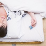 寝酒は睡眠の質を下げるって嘘?本当?【不眠症に悩む方へ】