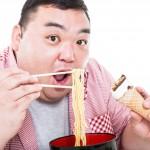 食事とストレスの関係|やけ食いはストレス発散になるの?