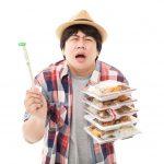 やけ食い、食べ過ぎの原因と対策まとめ|もう食事で後悔しないぞ!